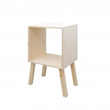 Mesa de cabeceira de abeto quadrada com acabamemto natural